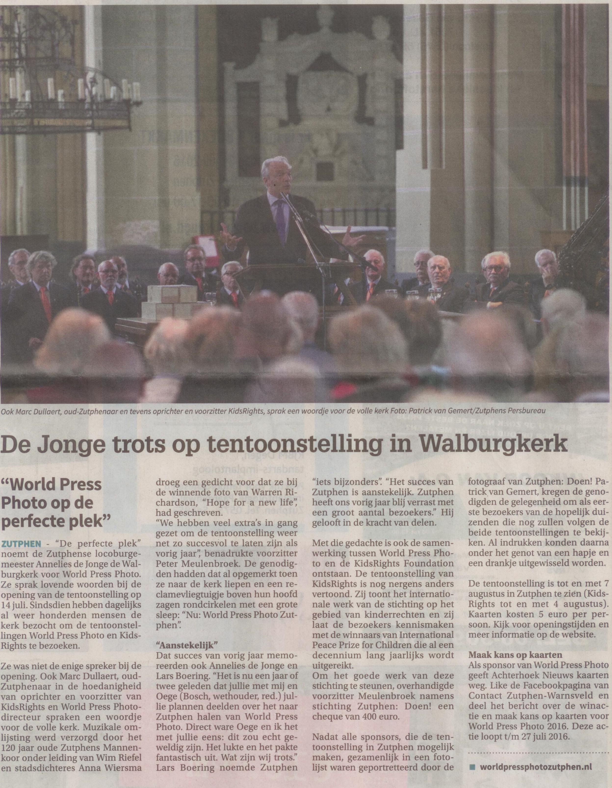 160721 Contact De Jonge trots op tentoonstelling in Walburgkerk