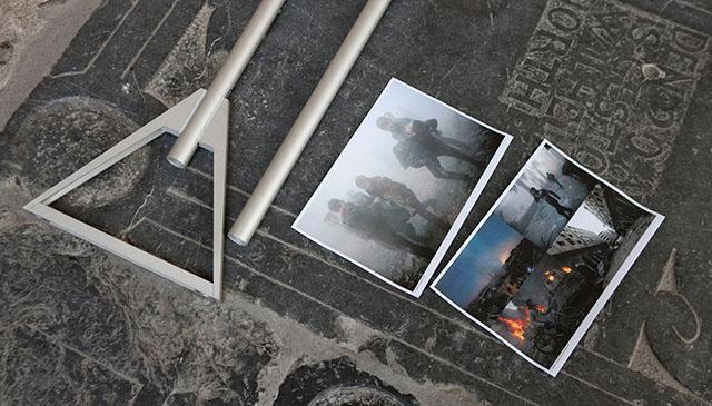 Opbouw van de World Press Photo tentoonstelling in de Walburgiskerk.